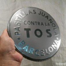 Carteles: CHAPA PUBLICIDAD METALICA PASTILLAS JUANOLA ORIGINAL AÑOS 90 BARCELONA DIAMETRO 23 CMS. . Lote 101591451