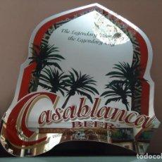 Carteles: ESPEJO PUBLICITARIO DE LA CERVEZA ALHAMBRA DE CASABLANCA. MEDIDAS, 60 X 60 CENTÍMETROS.. Lote 107747527