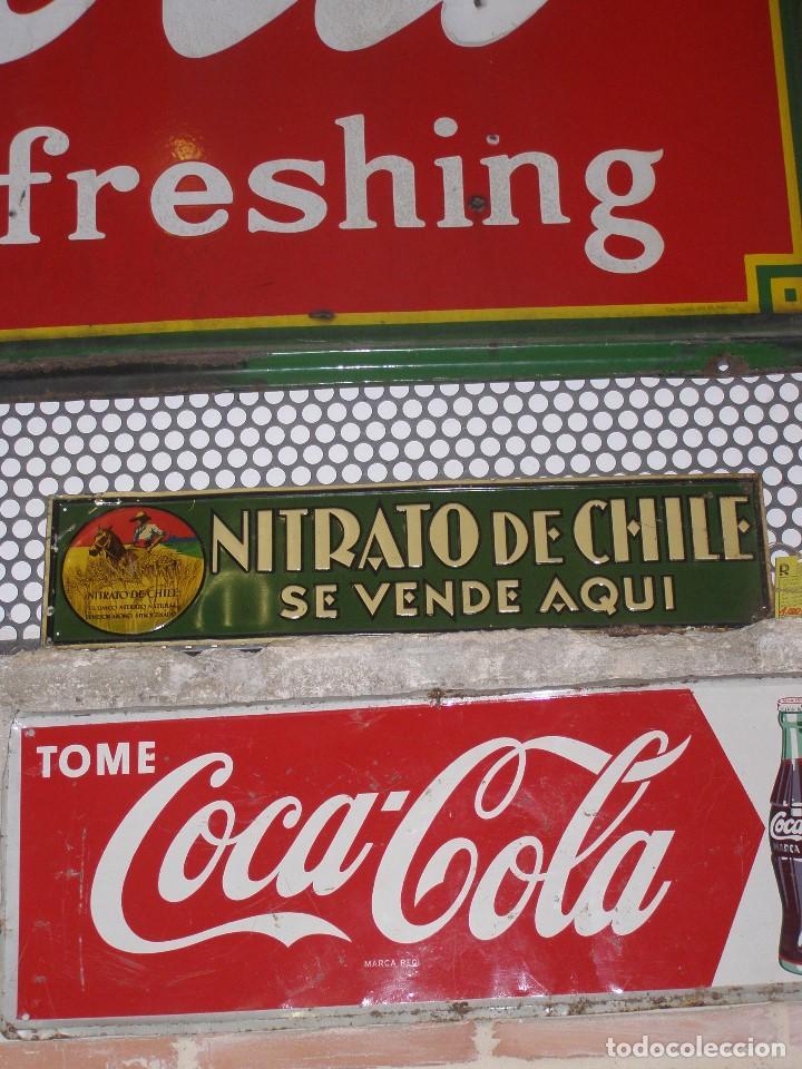 Carteles: Chapa Nitrato de Chile. Se vende Aquí (69,5X16,5 cms). Años 1930s. Muy rara. - Foto 7 - 111528375