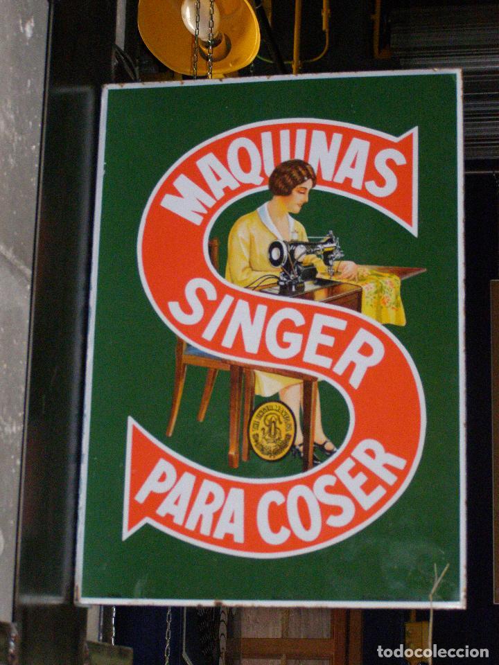 Carteles: Chapa banderola esmaltada Singer, años 50. Doble cara - Foto 2 - 111533771