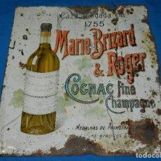 Carteles: (M) CHAPA LITOGRAFIADA ANTIGUA - MARIE BRIZARD & ROGER , COGNAC FINS CHAMPAGNE , 46X43 CM. Lote 113512483