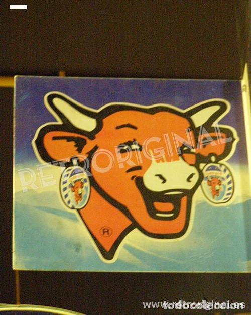 Carteles: Chapa Metal Publicidad La Vaca que Ríe. Queso. Banderola a doble cara. Original. Francia. - Foto 3 - 113621791