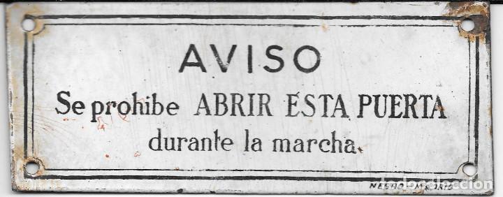 PLACA ESMALTADA NEGRO MADRID. 'SE PROHIBE ABRIR ESTA PUERTA DURANTE LA MARCHA' (TRANVÍA, TREN) (Coleccionismo - Carteles y Chapas Esmaltadas y Litografiadas)