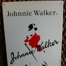 Carteles: PLACA CHAPA PUBLICIDAD WHISKY JOHNNIE WALKER. AÑO 1996. Lote 124190183
