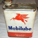 Carteles: MOBILUBE - DE MOBILOIL - LATA DE 2 LITROS - SERIGRAFIADA - FRANCESA. Lote 130600538