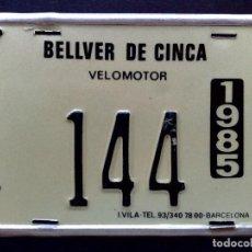Carteles: CHAPA MATRICULA VELOMOTOR,AÑO 1985 DE BELLVER DE CINCA (12,5CM.X 9CM.) DESCRIPCIÓN. Lote 132563046