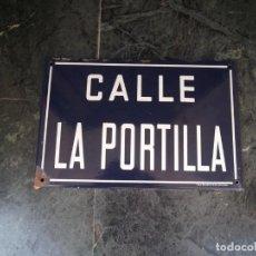 Carteles: CARTEL DE CHAPA DE PORCELANA CALLE DE CALATAYUD. Lote 132645482