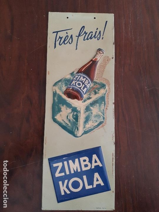 Carteles: Chapa Zimba Kola Trés Frais. Metálica. Original años 50s. Africana. Relieve. Competencia Coca-Cola - Foto 2 - 115410979