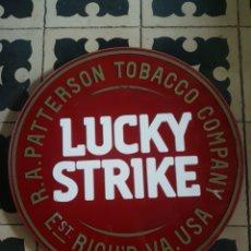Carteles: LUMINOSO LUCKY STRIKE. Lote 140390912
