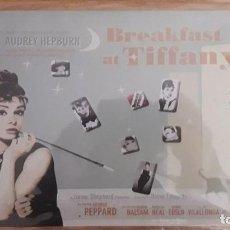 Carteles: PLACA AUDREY HEPBURN, BREAKFAST AT TIFFANY'S, REPRODUCCIÓN / NUEVO - PRECINTADO. Lote 142297466