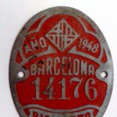 Carteles: CHAPA MATRICULA DE BICICLETA,AÑO 1948 DE BARCELONA (6CM. X 5CM.) DESCRIPCIÓN.. Lote 146533406