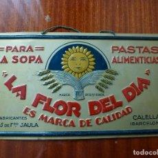 Affissi: CHAPA LA FLOR DEL DÍA PASTAS SAULA CALELLA BARCELONA. Lote 146776282
