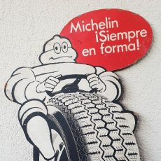 Carteles: ANTIGUO CARTEL (LETRERO) PUBLICITARIO MICHELIN DE CARTON. Lote 146932746