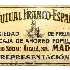 Carteles: CHAPA PLACA TROQUELADA DE GRAN TAMAÑO SEGUROS LA MUTUAL FRANCO ESPAÑOLA. MADRID AÑOS 20 - 30. Lote 155834722