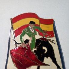 Carteles: ANTIGUA CHAPA ESMALTADA DE ESPAÑA FIESTA NACIONAL AÑOS 60. Lote 158370862