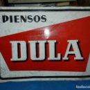Carteles: (M) CHAPA METALICA PIENSOS DULA , G DE ANDREIS , BADALONA , 70 X 49 CM , SEÑALES DE USO. Lote 159112570