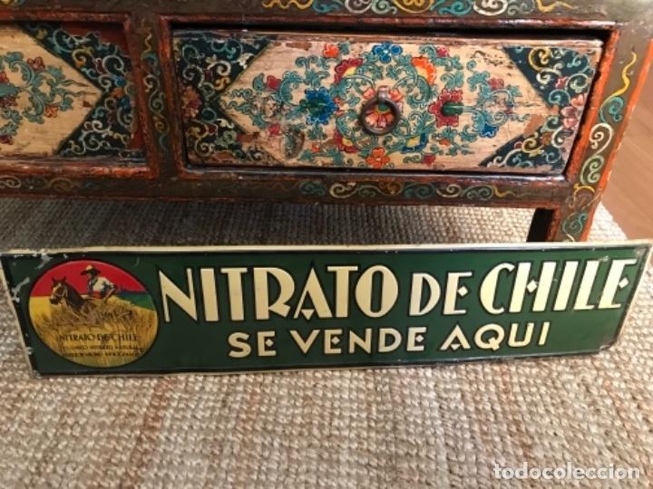 Carteles: Chapa Nitrato de Chile. Se vende Aquí (69,5X16,5 cms). Años 1930s. Muy rara. - Foto 2 - 111528375