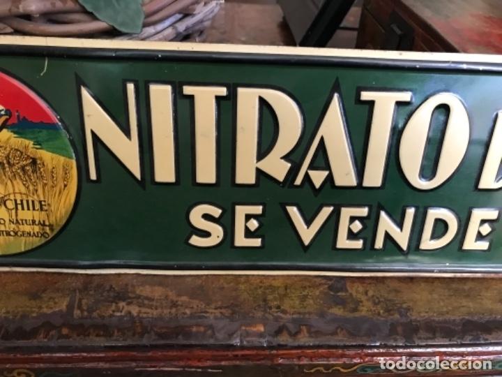 Carteles: Chapa Nitrato de Chile. Se vende Aquí (69,5X16,5 cms). Años 1930s. Muy rara. - Foto 4 - 111528375