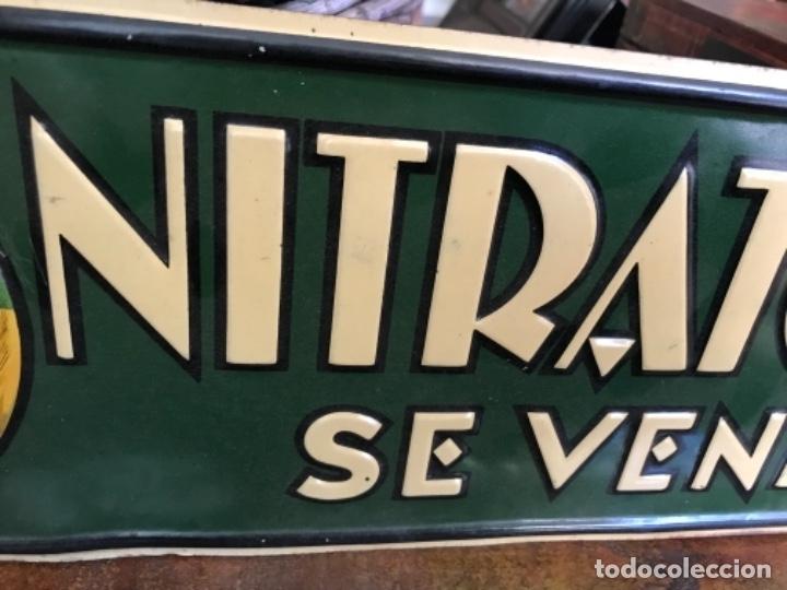 Carteles: Chapa Nitrato de Chile. Se vende Aquí (69,5X16,5 cms). Años 1930s. Muy rara. - Foto 9 - 111528375