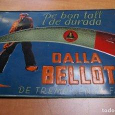 Carteles: CHAPA DE GUADAÑAS BELLOTA ORIGINAL AÑOS 30. Lote 163493330