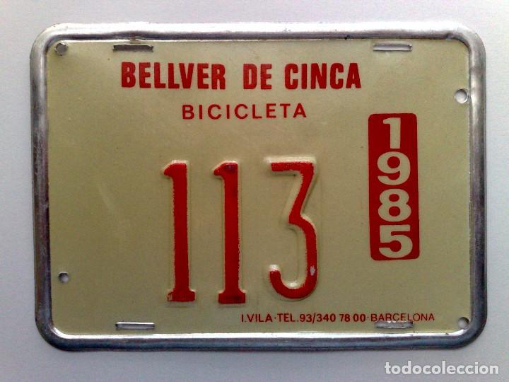 CHAPA MATRICULA RODAJE BICICLETA,AÑO 1985 DE BELLVER DE CINCA (12,5CM. X 9CM.) (Coleccionismo - Carteles y Chapas Esmaltadas y Litografiadas)