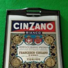 Carteles: BANDEJA CON PUBLICIDAD CINZANO. Lote 168632092