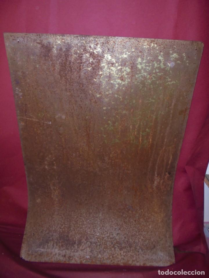 Carteles: magnifico antiguo gran cartel en chapa litografiado de sidra escanciador - Foto 8 - 168927176