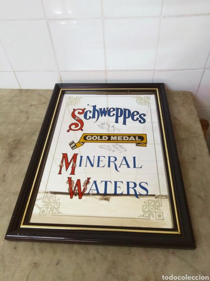 SCHWEPPES - VINTAGE ESPEJO ESMALTADO MINERAL WATERS . GOLD MEDAL (Coleccionismo - Carteles y Chapas Esmaltadas y Litografiadas)