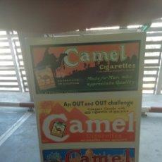 Carteles: ANTIGUO CARTEL LITOGRAFIADO ANTIGUO, AÑOS CIGARROS TABACO FUMAR CAMEL PUBLICIDAD VINTAGE. Lote 173810752