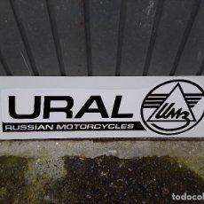 Carteles: CARTEL METALICO ORIGINAL , URAL RUSSIAN MOTORCICLES, DE CONCESIONARIO OFICIAL.. Lote 174102220