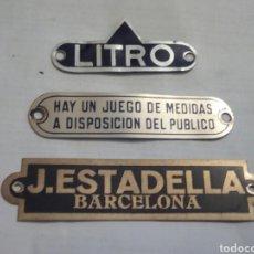 Carteles: LOTE DE 3 CHAPAS METÁLICAS. Lote 175183303