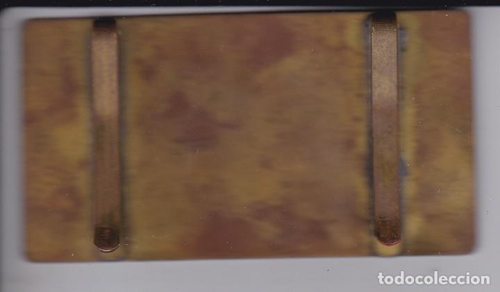 Carteles: ANTIGUA CHAPA DEL PARQUE DE ATRACCIONES DE MONTJUICH - GANCHOS DETRÁS. (MUY RARA) 8,9cm X 4,8cm - Foto 2 - 175442622