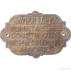 Carteles: PLACA DE BRONCE.- JAVIER LOPEZ.- FUMISTA CONSTRUCTOR.- COSTA DE CAPUCHINO 3.- MADRID.. Lote 175554652