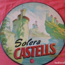 Carteles: SOLERA CASTELLS.- 35 CM.- CHAPA LITOGRAFIADA Y TROQUELADA. G. DE ANDREIS BADALONA. AÑO 1955.. Lote 179341663