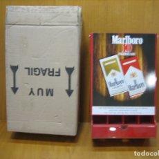 Carteles: ANTIGUO CARTEL EXPOSITOR. PUBLICITARIO DE TABACO MARLBORO. M 35X22X10 CM. Lote 182096007