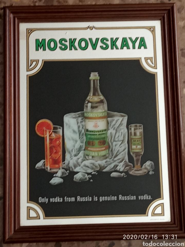 CUADRO ESPEJO MOSKOVSKAYA RUSSIAN VODKA (Coleccionismo - Carteles y Chapas Esmaltadas y Litografiadas)