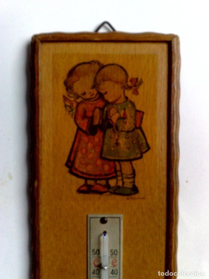 Carteles: ANTIGUO TERMÓMETRO SOBRE PLAFÓN DE MADERA (17,5cm. x 6,5cm.) DESCRIPCIÓN - Foto 2 - 194223558