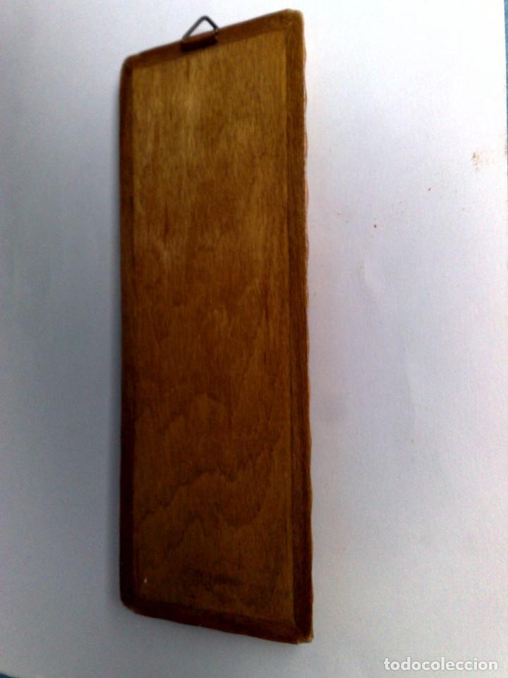 Carteles: ANTIGUO TERMÓMETRO SOBRE PLAFÓN DE MADERA (17,5cm. x 6,5cm.) DESCRIPCIÓN - Foto 6 - 194223558