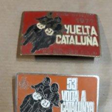 Carteles: LOTE DE TRES CHAPAS REAL MOTO CLUB DE CATALUÑA VUELTA A CATALUÑA AÑOS 77-83-89. Lote 194526208