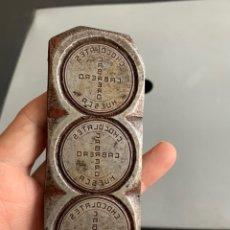 Carteles: TROQUEL ANTIGUO ( HIERRO) CHOCOLATES CABRERO ( HUESCA ). Lote 194947630