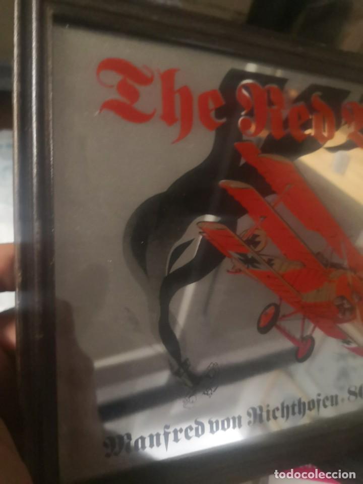 Carteles: CARTEL ESPEJO DE PUBLICIDAD the red baron manfred von richthofen 80 kills 1914/15 + avión lata - Foto 2 - 195009311