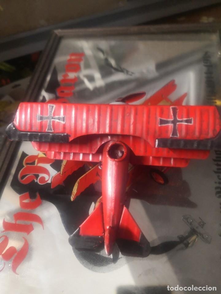 Carteles: CARTEL ESPEJO DE PUBLICIDAD the red baron manfred von richthofen 80 kills 1914/15 + avión lata - Foto 4 - 195009311