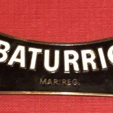 Carteles: PUBLICIDAD; BEBIDA. PLACA ESMALTADA DE VINO EL BATURRICO.. Lote 195331900