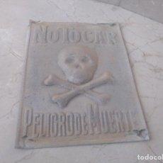 Carteles: ANTIGUA PLACA AUTENTICA PELIGRO DE MUERTE RIESGO ELECTRICO. Lote 199701870