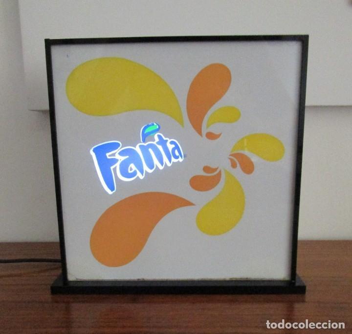 Carteles: Rótulo/ cartel luminoso Fanta de sobremesa, años 1980-1990 - Foto 3 - 210327697
