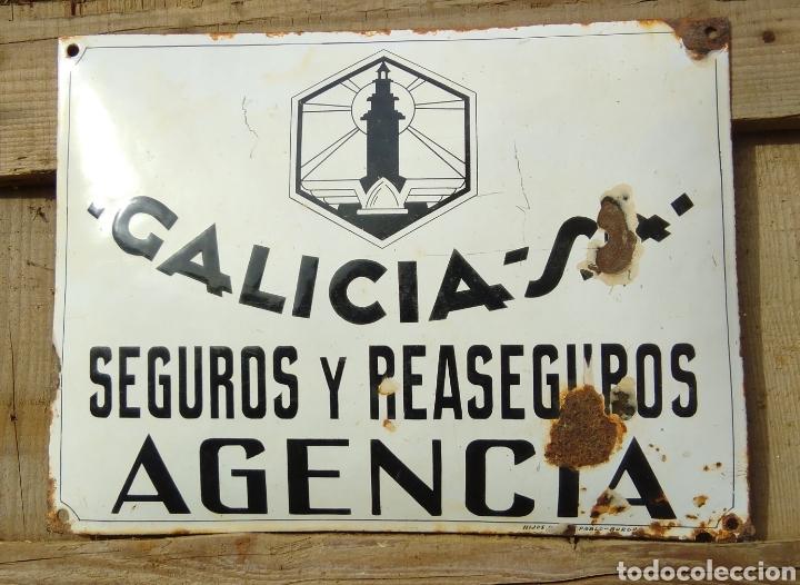 PLACA ESMALTADA Y ABOMBADA SEGUROS GALICIA (Coleccionismo - Carteles y Chapas Esmaltadas y Litografiadas)