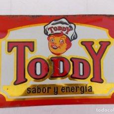 Carteles: ANTIGUO CARTEL CHAPA TROQUELADA DE CACAO TODDY . AÑOS 50 BADALONA. Lote 211446596