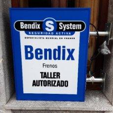 Carteles: CARTEL BANDEROLA ROTULO LUMINOSO DE TALLER. BENDIX FRENOS. DOS CARAS. SIN USO FUNCIONANDO.. Lote 218629975