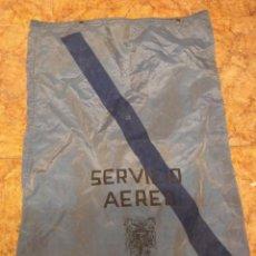 Carteles: ANTIGUA SACA SACO CORREOS AÑO 1972.SERVICIO AEREO. Lote 229420215