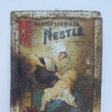 Carteles: CARTEL DE HARINA LACTEADA NESTLE EN CHAPA LITOGRAFIADA - 100% ORIGINAL - EDICION ESPAÑA - 71X51 CM. Lote 229587350